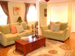 Orange and Brown Room - Home Staging